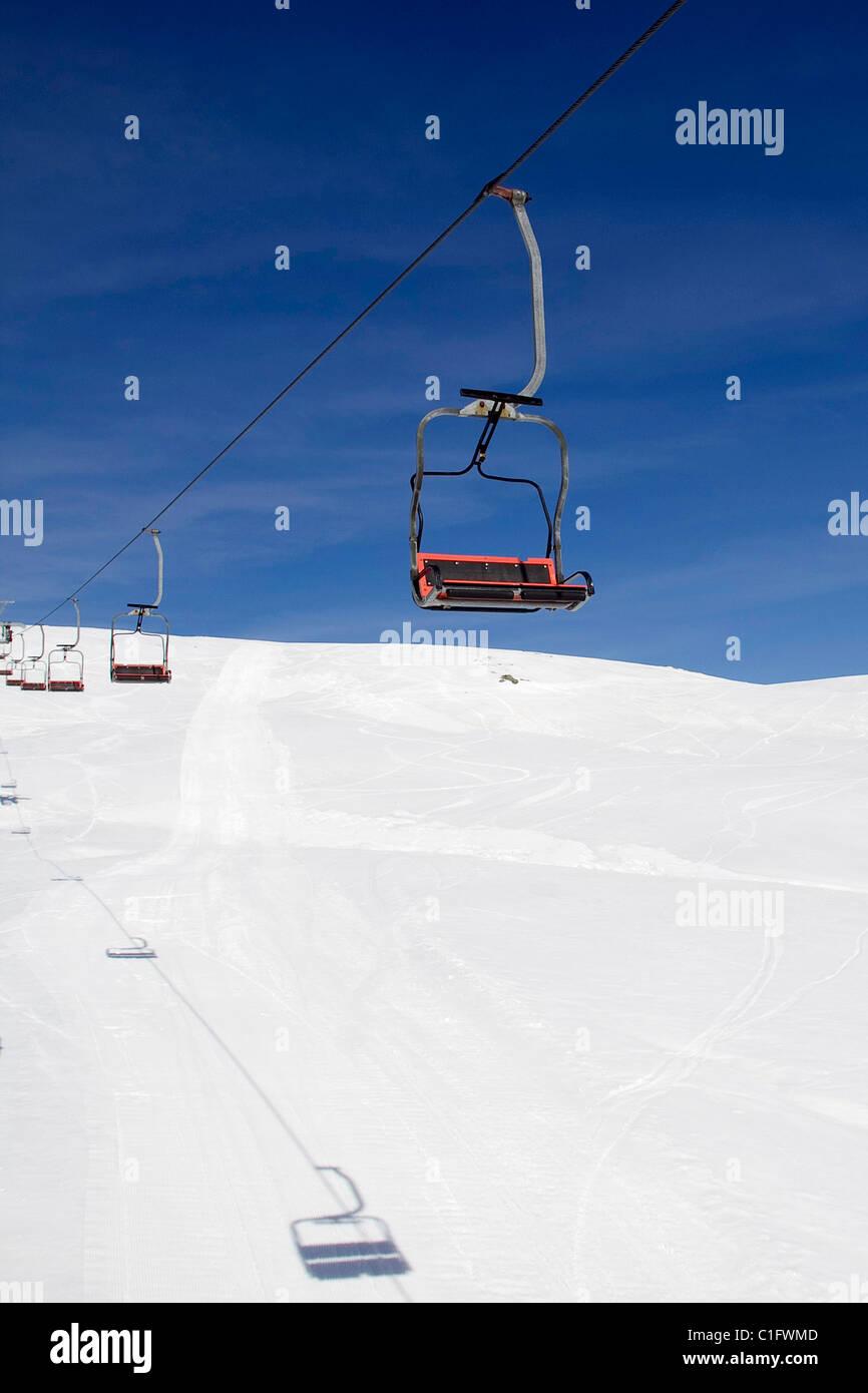 lifts in kaimaktsalan ski center in greece stock photo: 35384845 - alamy