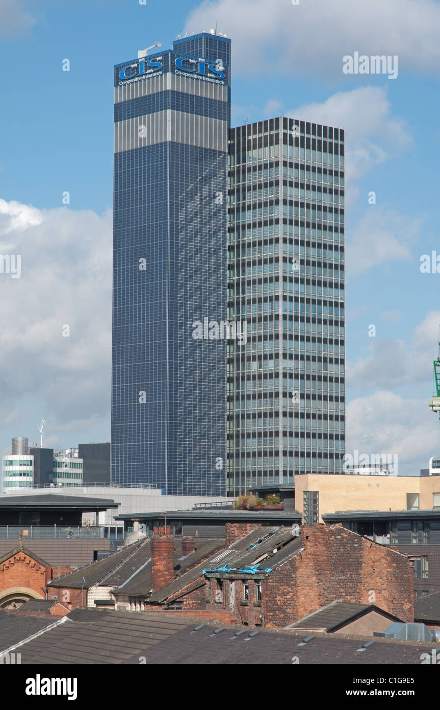 Roof line of old Manchester looking toward CIS building. - Stock Image