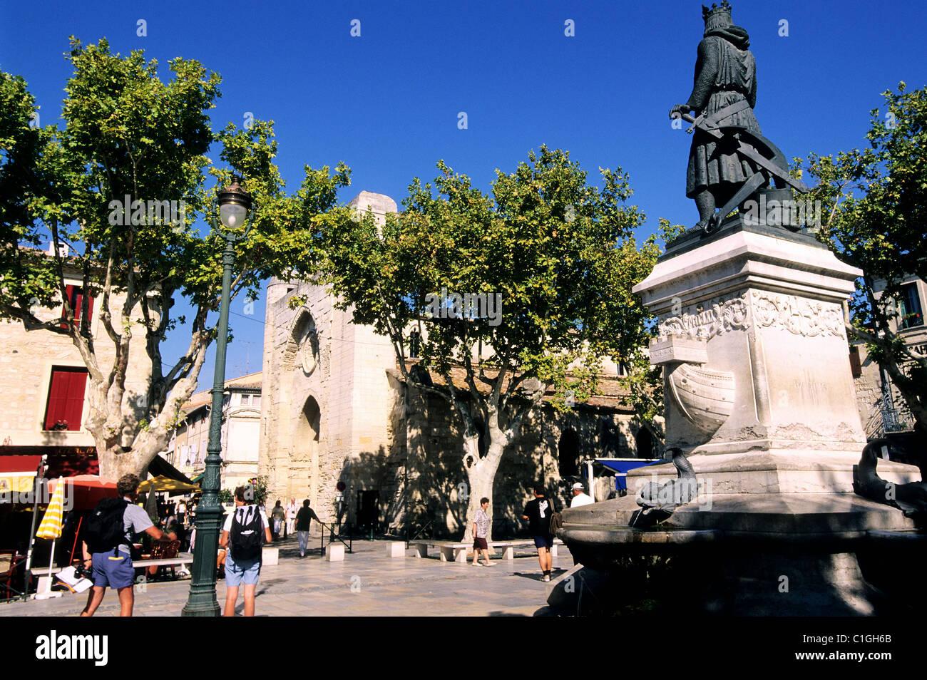 France, Gard, town of Aigues-Mortes, Saint Louis square - Stock Image