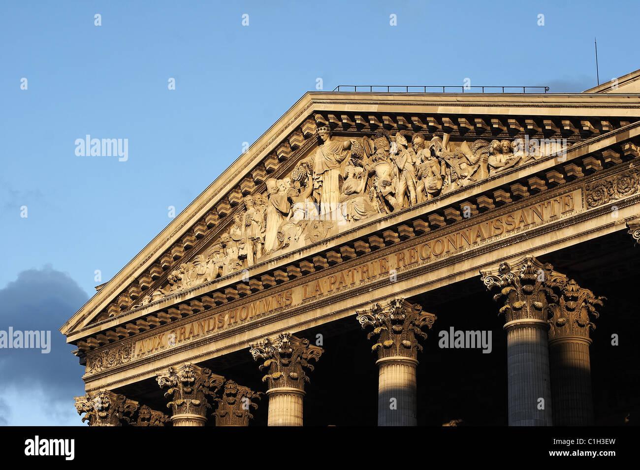 What is a pantheon Roman and Greek pantheons