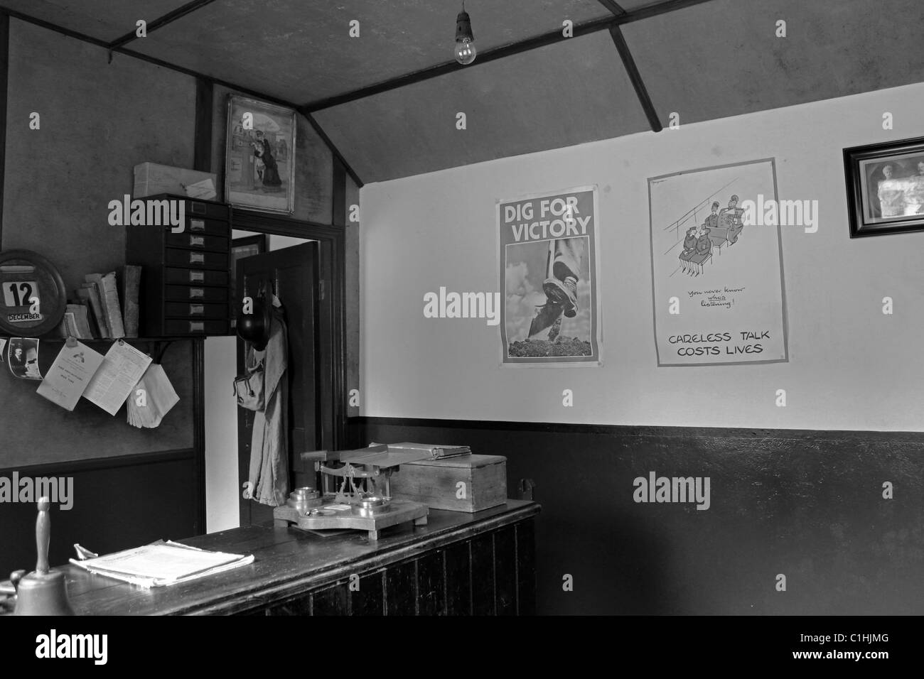 WW2 Post office (black & white) - Stock Image