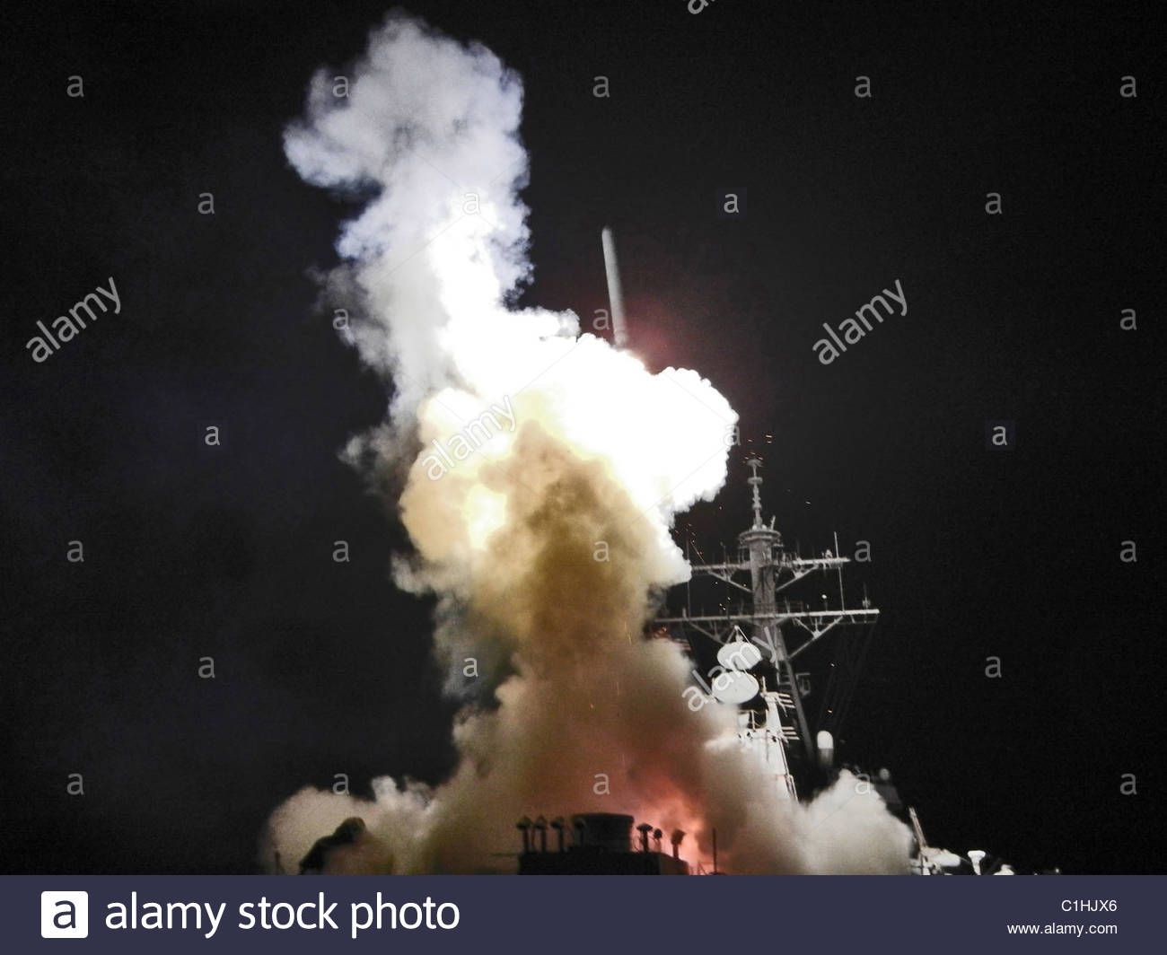 2011 March - US NAVY - Libya - Tomahawk missile in support of Operation Odyssey Dawn - Stock Image