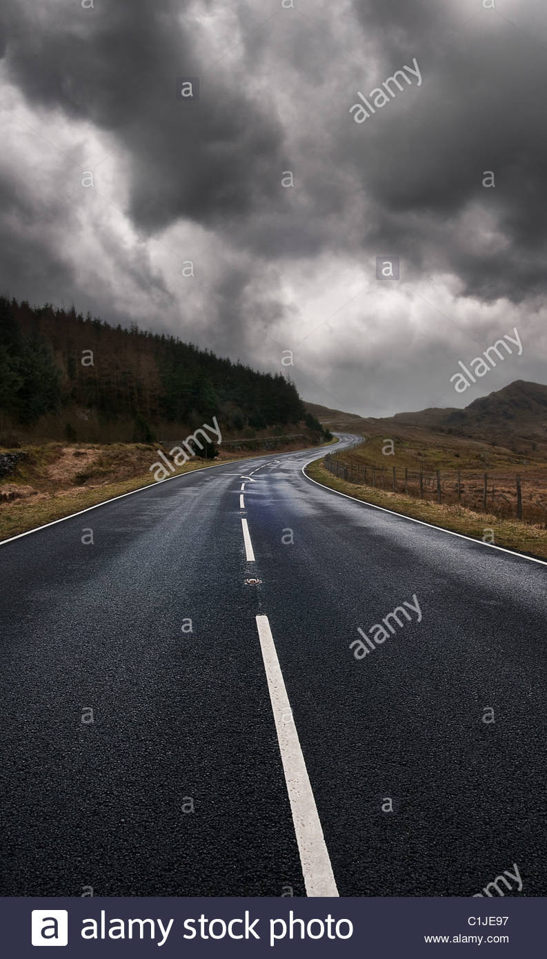 wet road - Stock Image