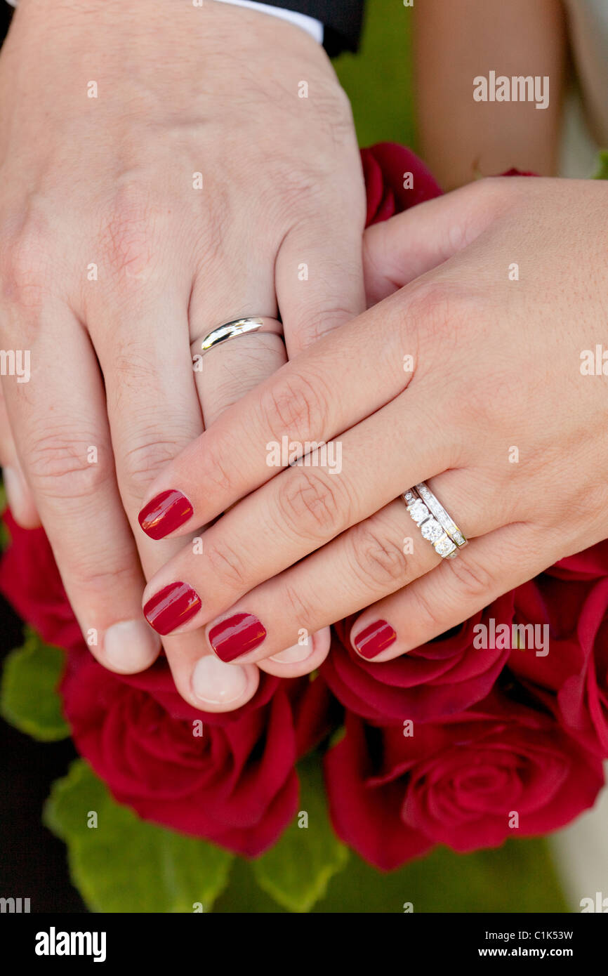 Husband and wife, hands, rings, marriage, wedding, red, ceremony ...