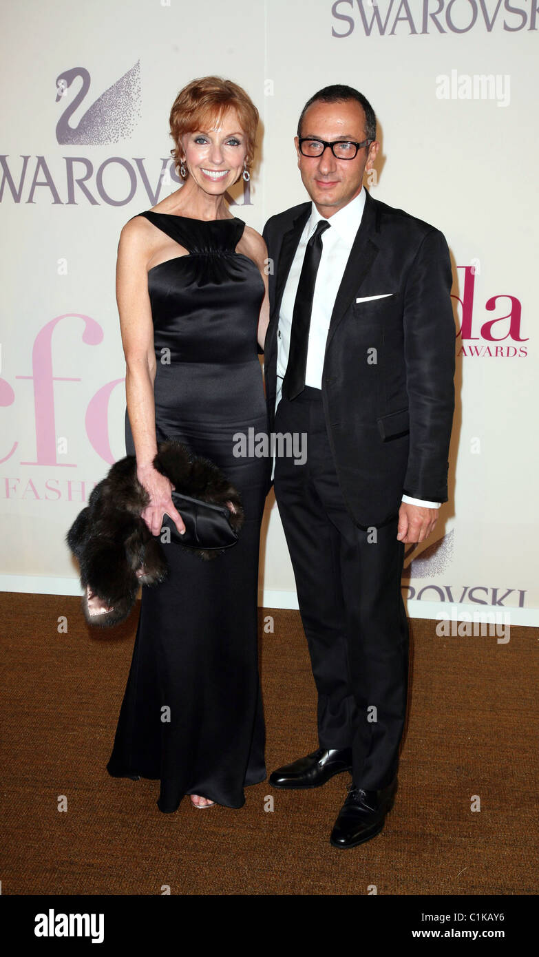 Gilles Mendel and Susan Sokol at the 2009 CFDA Fashion Awards at Alice Tully Hall, Lincoln CenterNew York City, Stock Photo