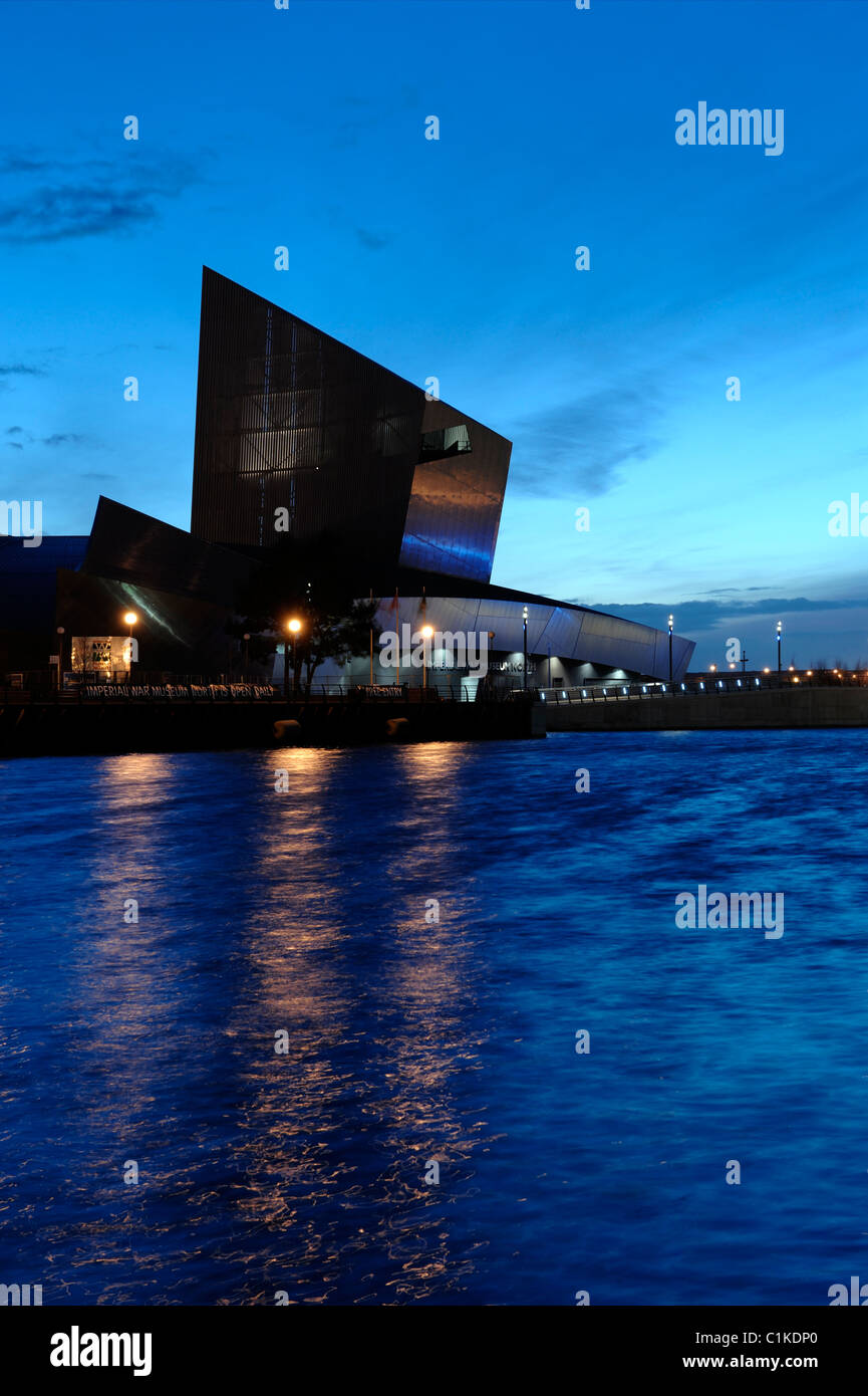 Imperial War Museum North Salford Quays - Stock Image