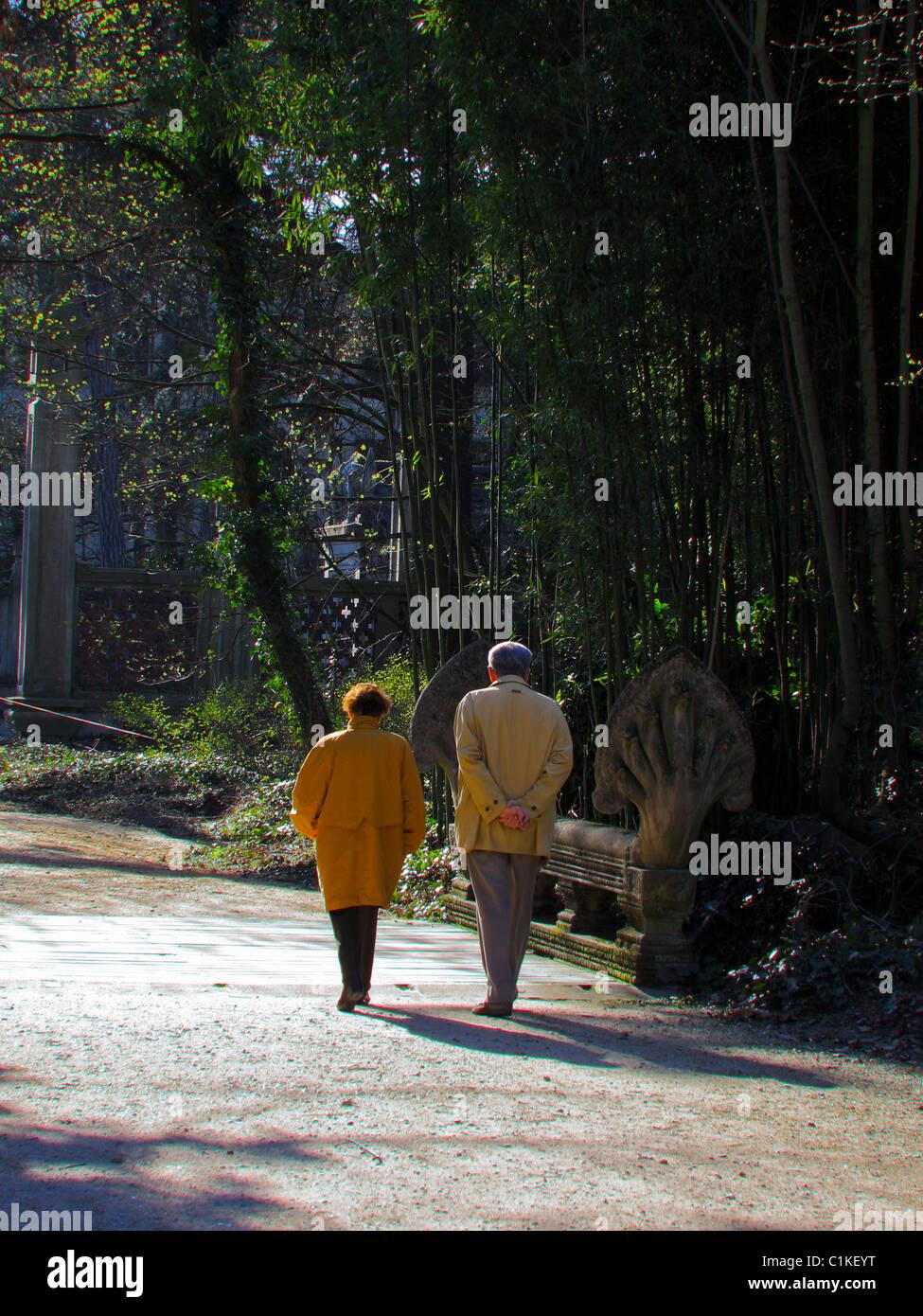 Paris, France, Senior Couple Promenading in Woods Park, 'Bois de Vincennes', Springtime, Walking Away, adult - Stock Image