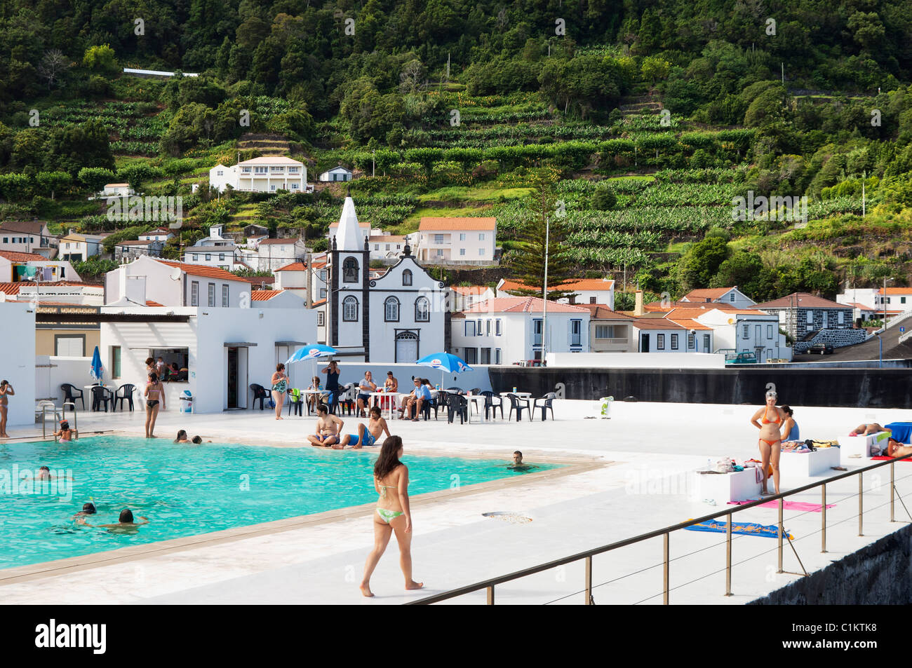 Public saltwater swimming pool in the village of ribeiras - Public salt water swimming pools melbourne ...