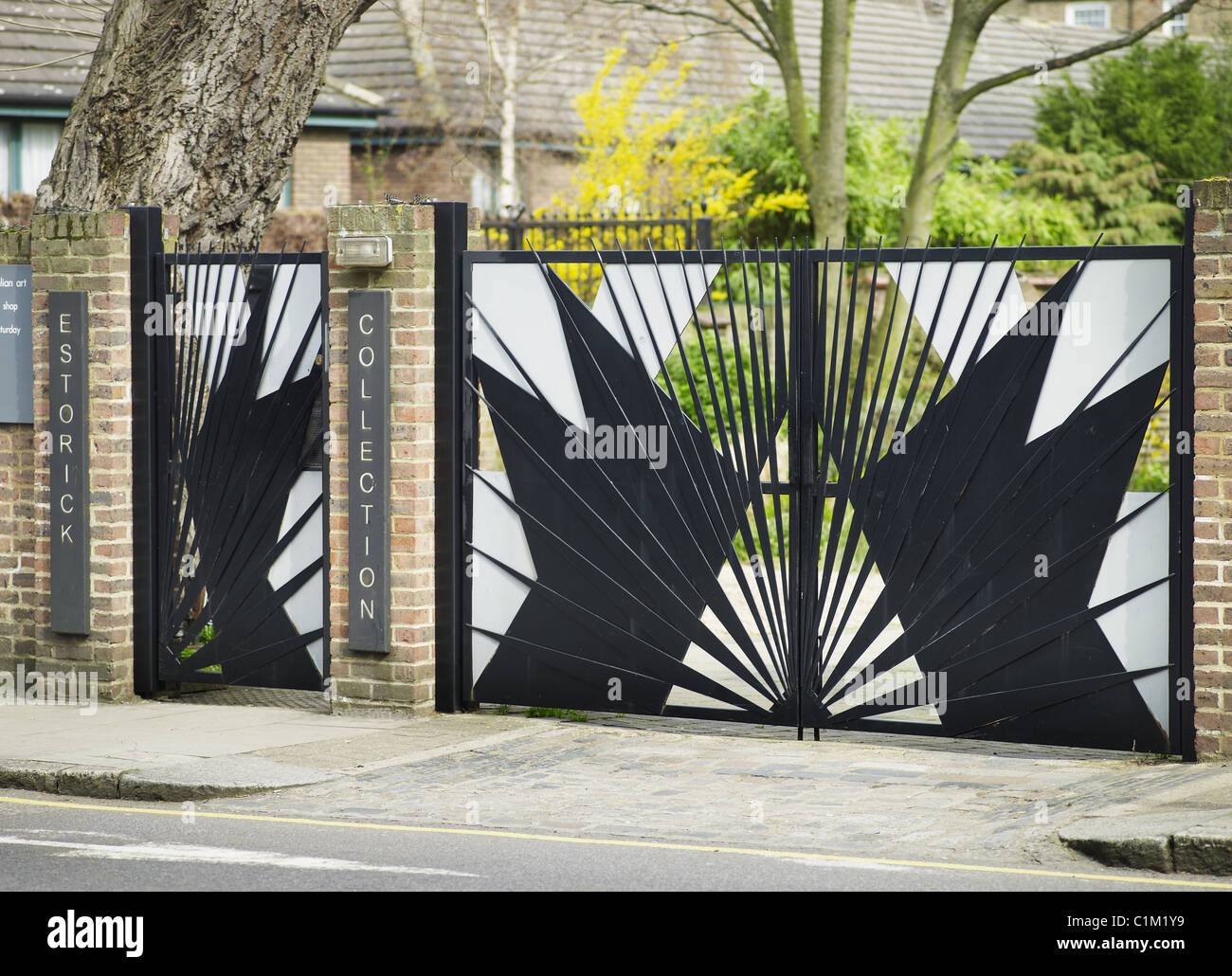 Estorick Collection of Modern Italian Art, Canonbury Square, Islington, London. Futurist gates. - Stock Image