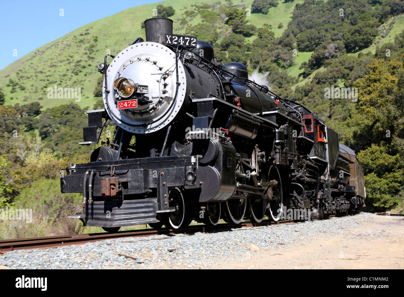 Southern Pacific Steam Locomotive #2472 running through Niles Canyon.