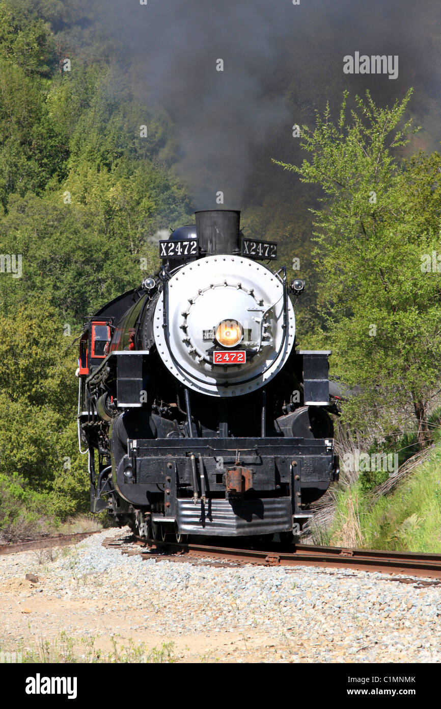 Southern Pacific Steam Locomotive #2472.