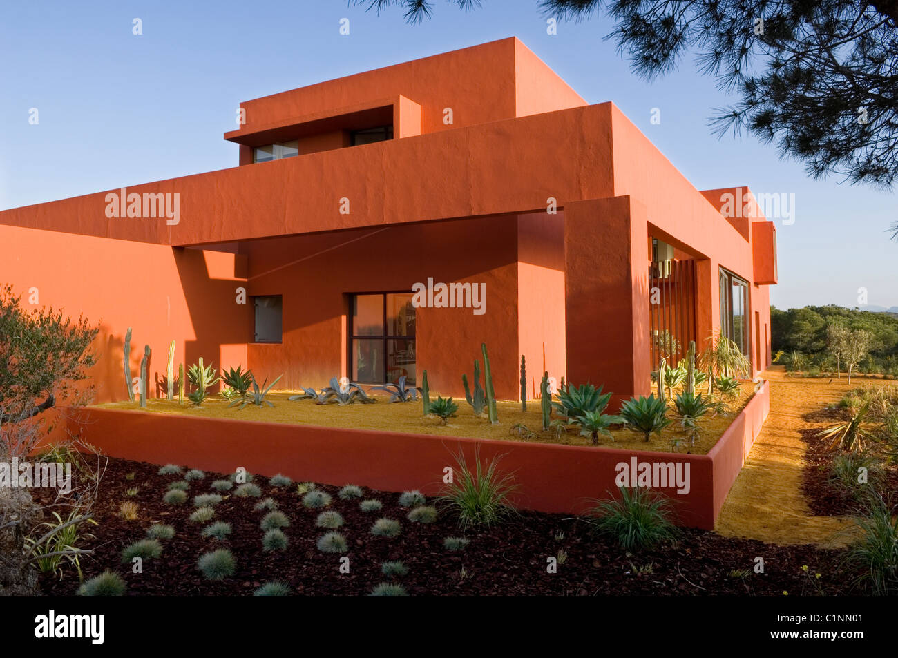 Spanish Modernist House Designed In A Geometric Style By Leading Mexican Architect Legorreta