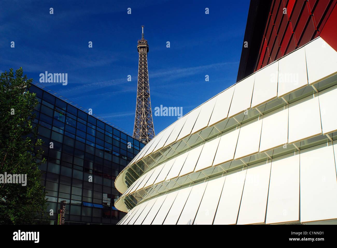 France, Paris, Quai Branly Museum (anthropological museum) by Jean Nouvel - Stock Image