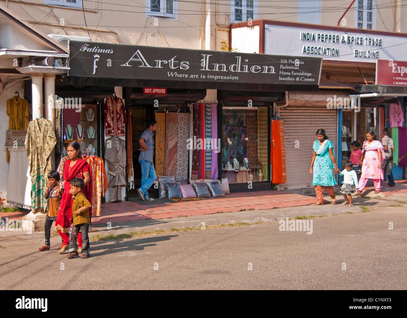 Tourist shop in Jew Town section of Cochin (Kochi), Kerala - Stock Image