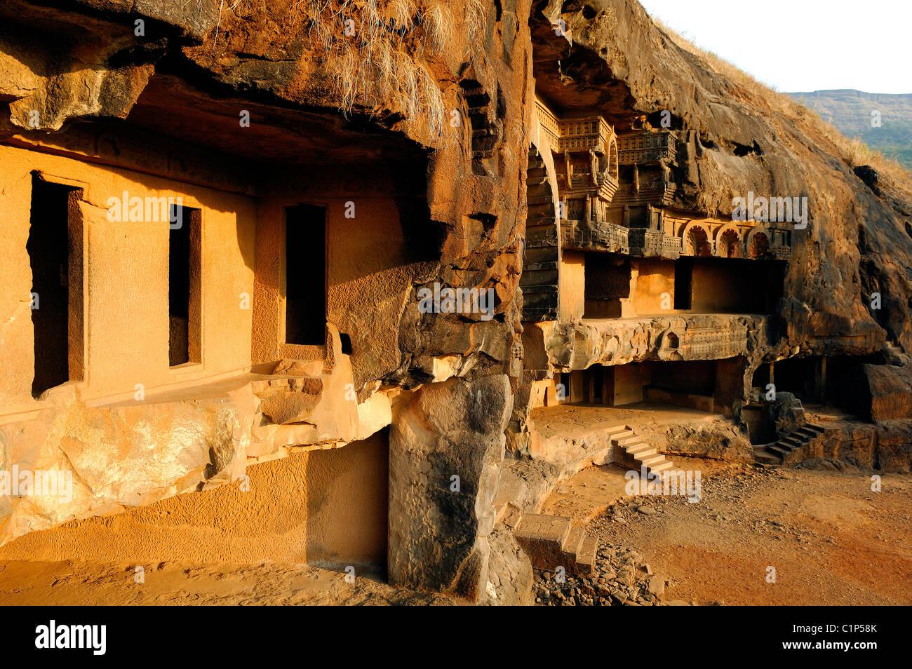 India, Karnataka, 2nd century BC Bhaja caves - Stock Image