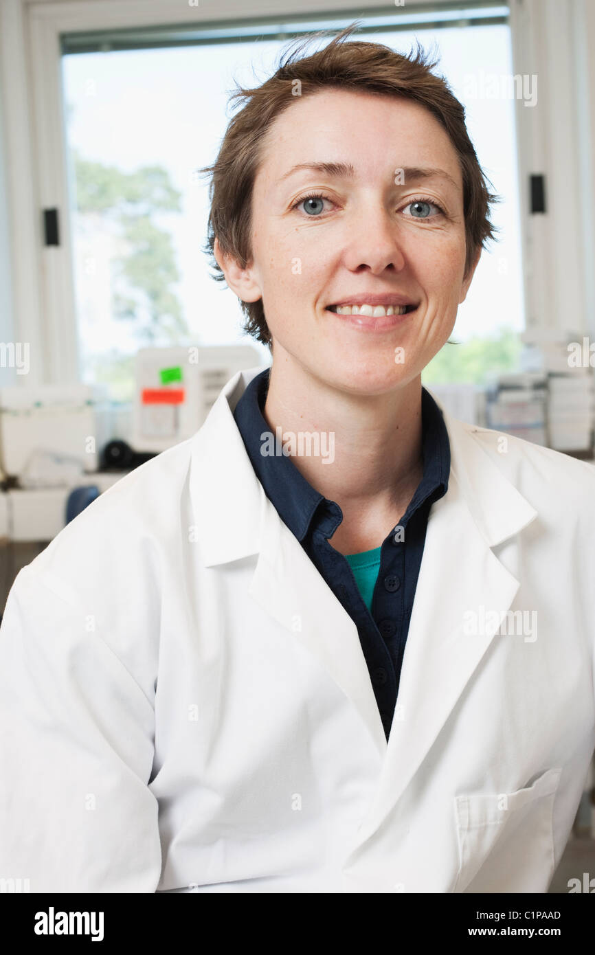 Portrait of scientist in laboratory - Stock Image