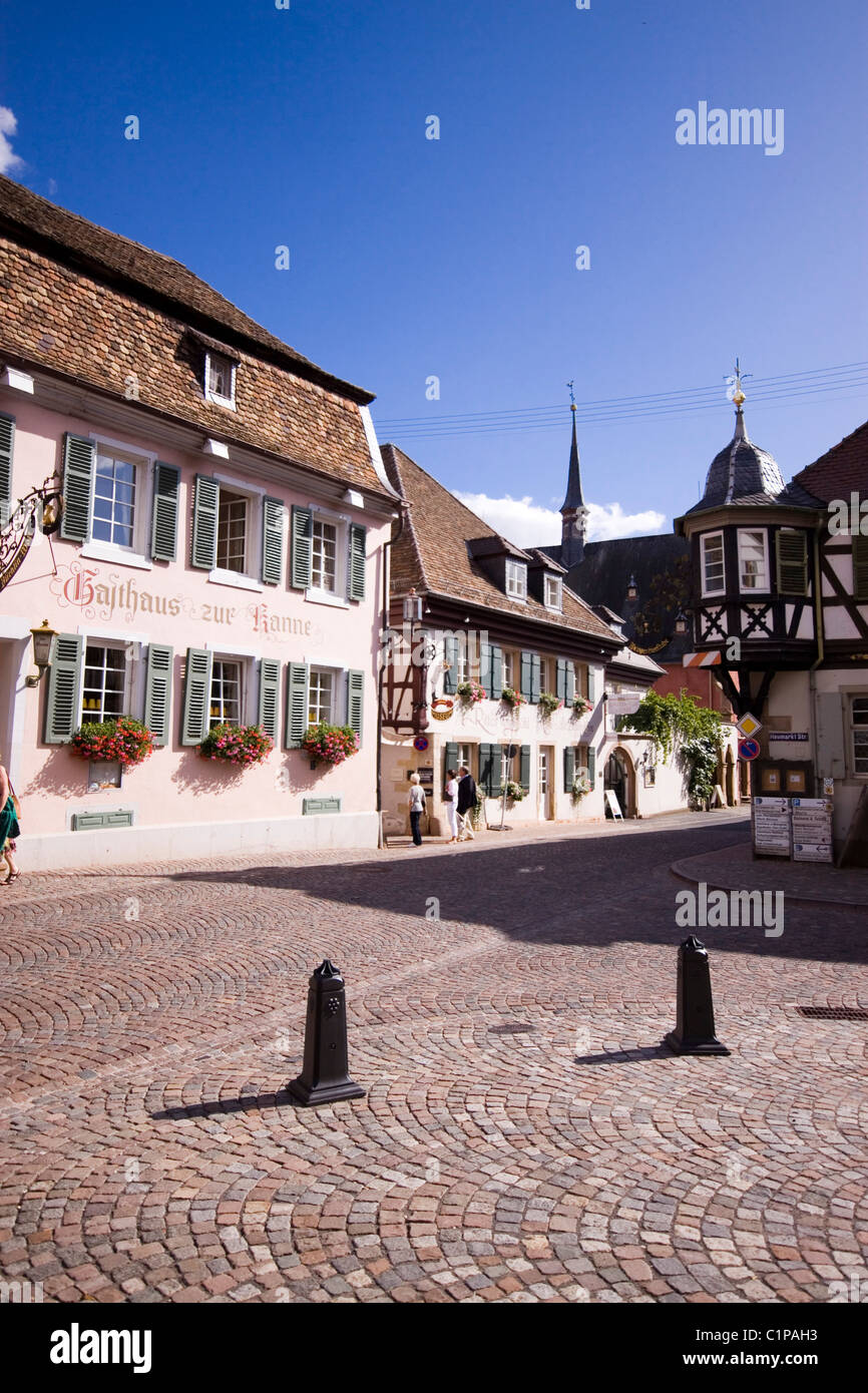 Germany, Deidesheim, view of buildings with historic town hall - Stock Image