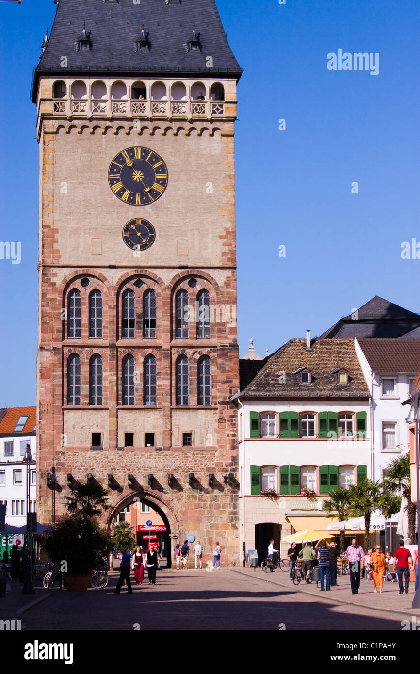 Germany, Speyer, city gate with people in background - Stock Image