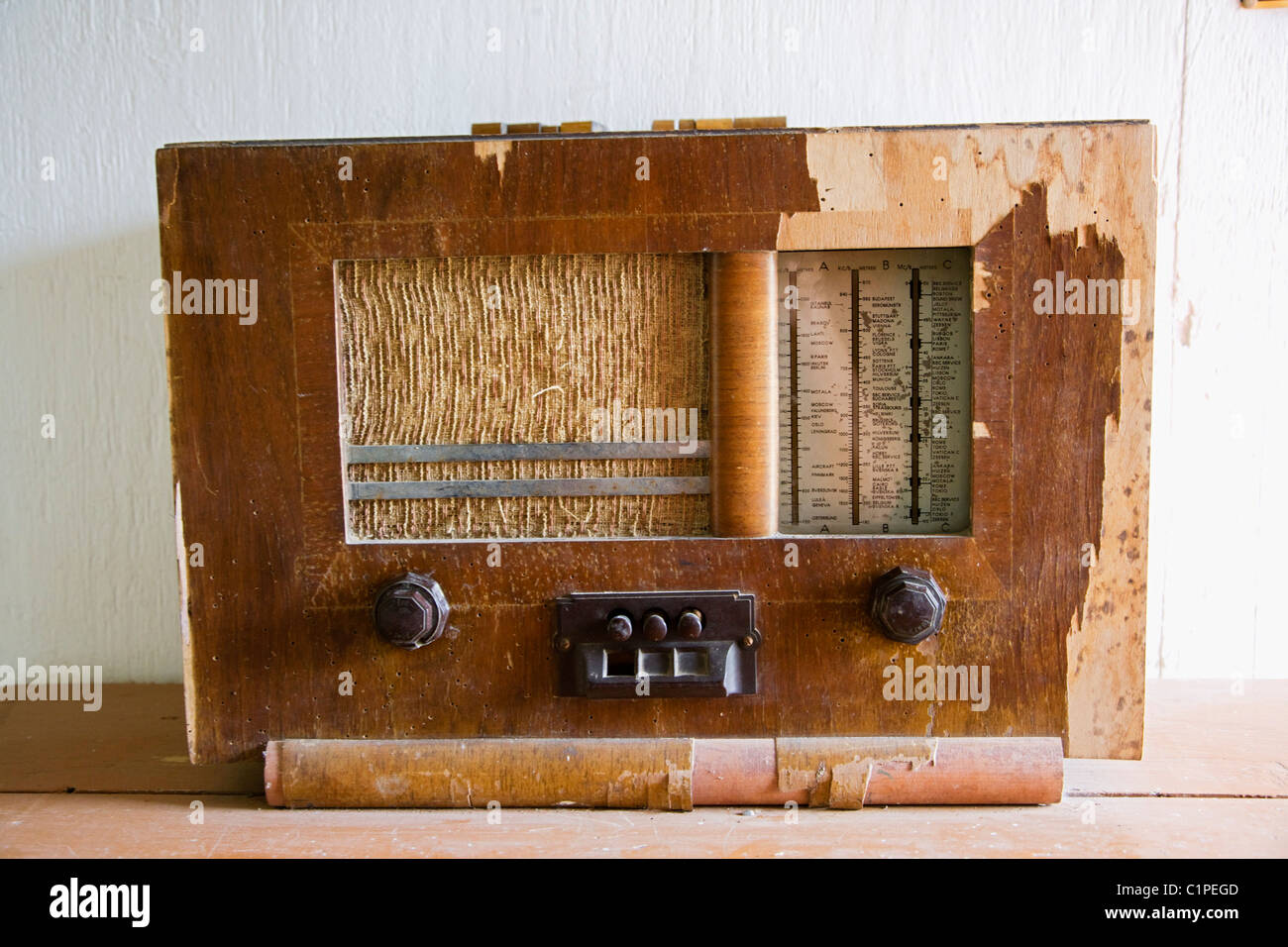 Republic of Ireland, County Sligo, Sligo folk Park, old radio - Stock Image