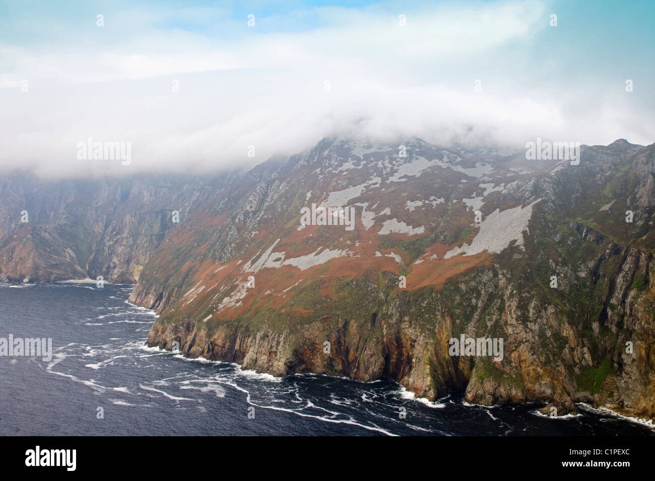 Republic of Ireland, County Donegal, Slieve League, low cloud over mountainous cliffs - Stock Image