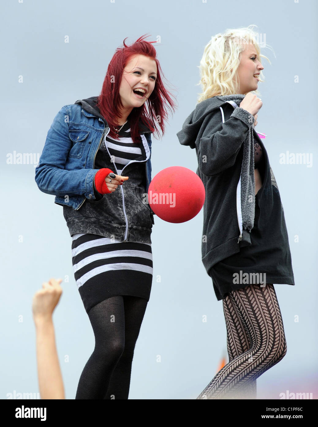 Megan Prescott and Lily Loveless from 'Skins' On stage at T4 On The Beach Weston-Super-Mare, Somerset - - Stock Image