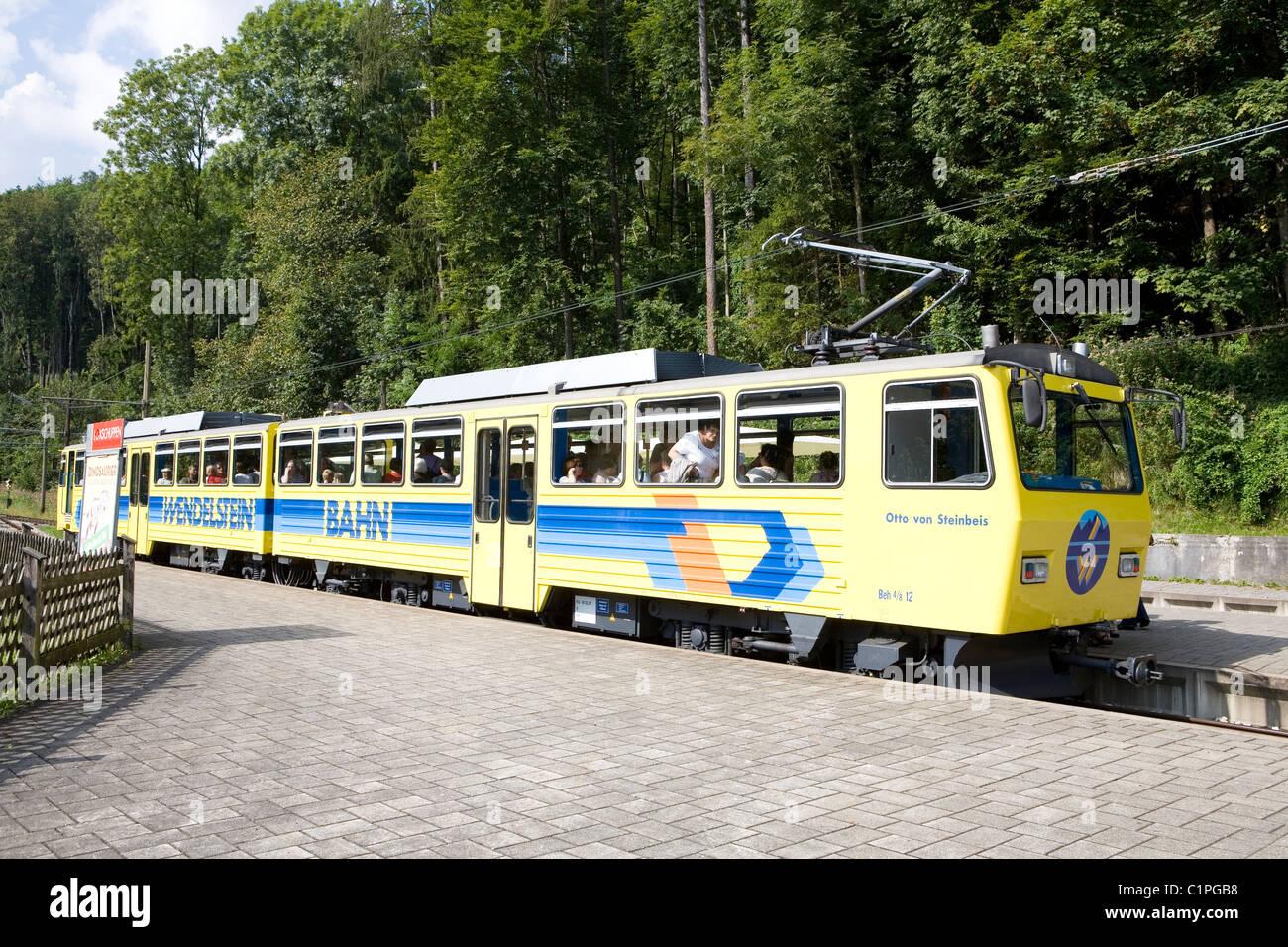 Germany, Wendelsteinbahn, train at platform - Stock Image