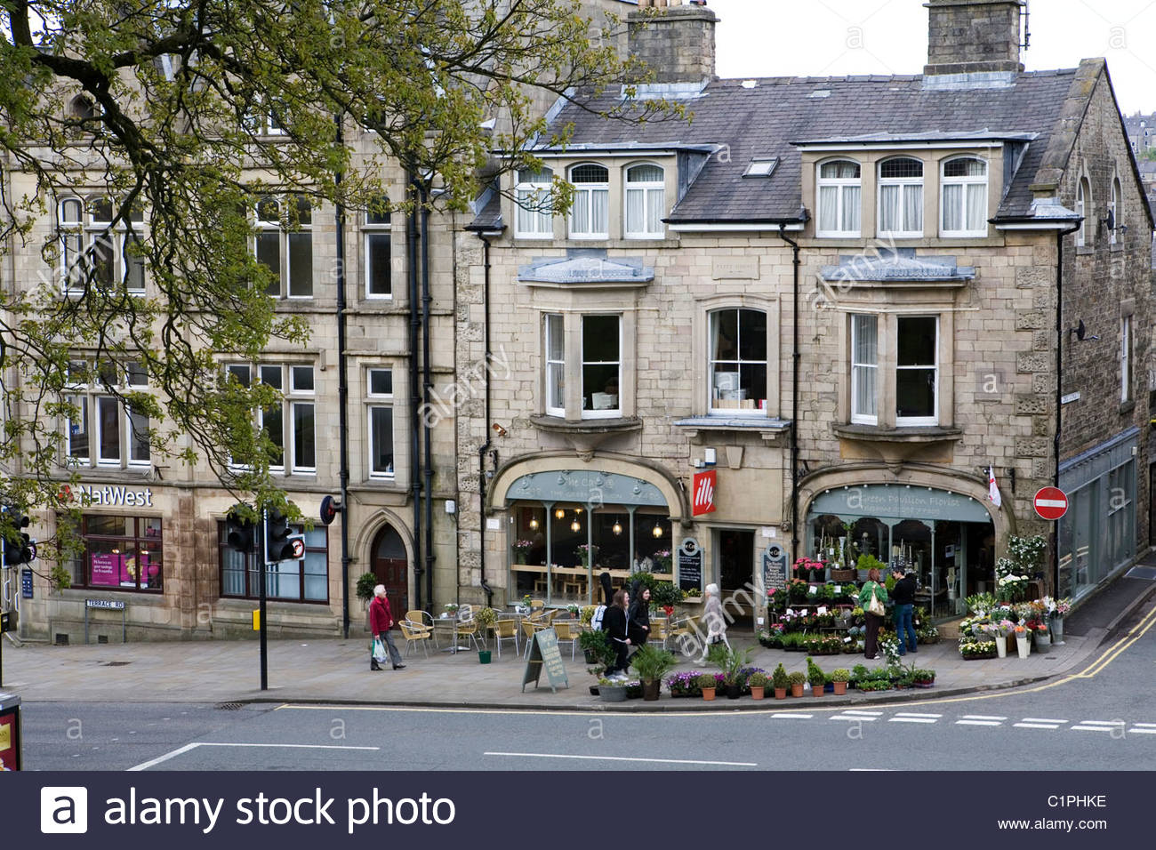 England, Derbyshire, Buxton, shops in town centre - Stock Image