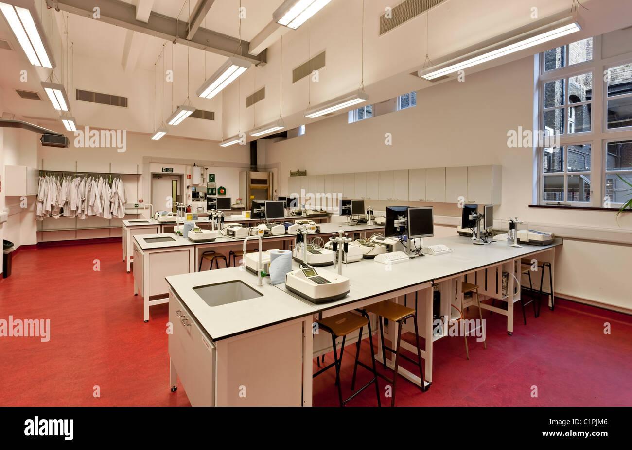 University of East London Stratford. - Stock Image