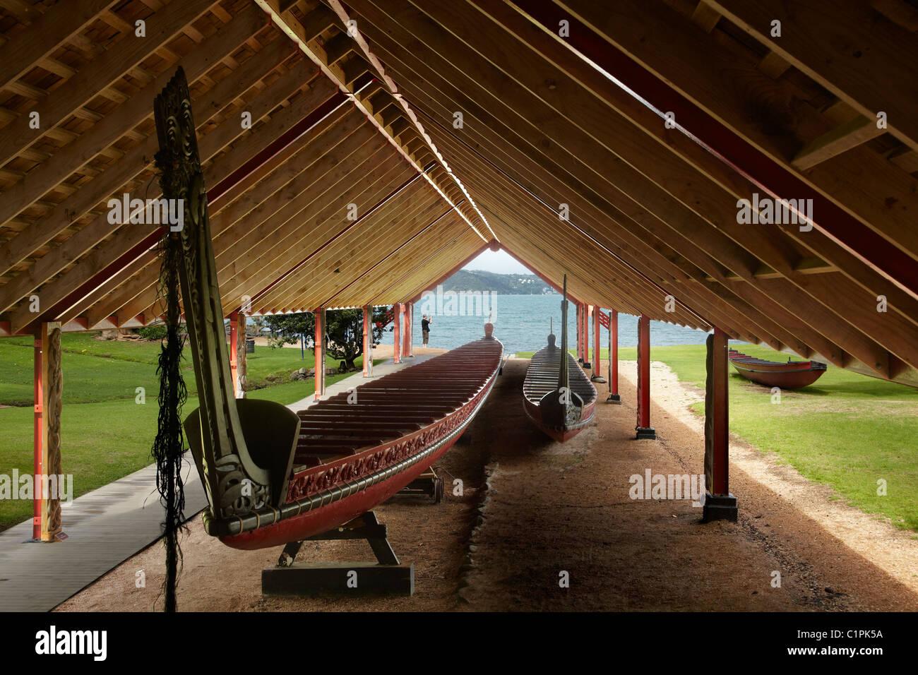 Ngatokimatawhaorua (Maori ceremonial war canoe or waka), Waitangi, Bay of Islands, Northland, North Island, New - Stock Image