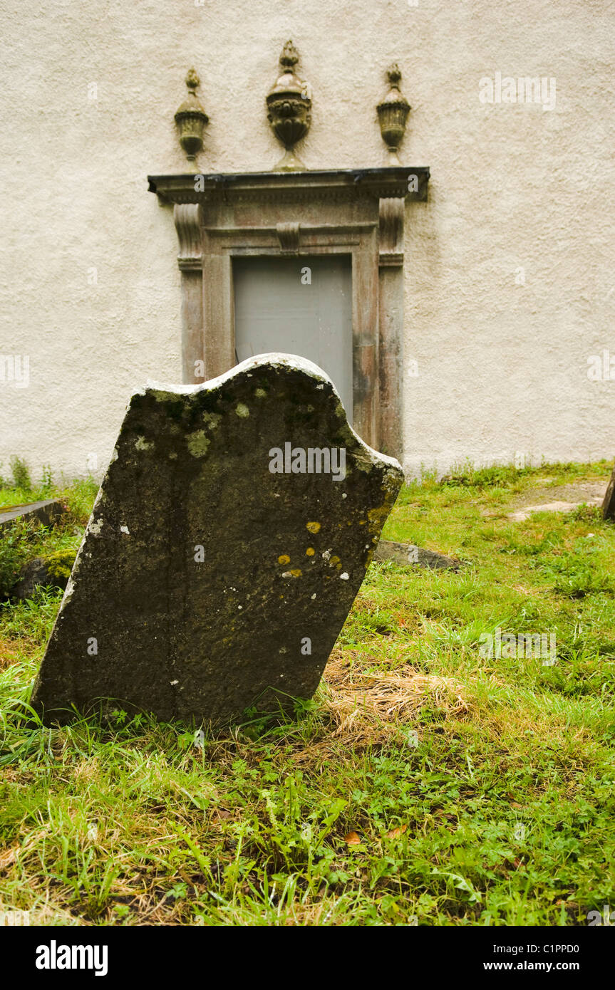 Republic of Ireland, County Westmeath, Durrow Abbey, gravestone - Stock Image