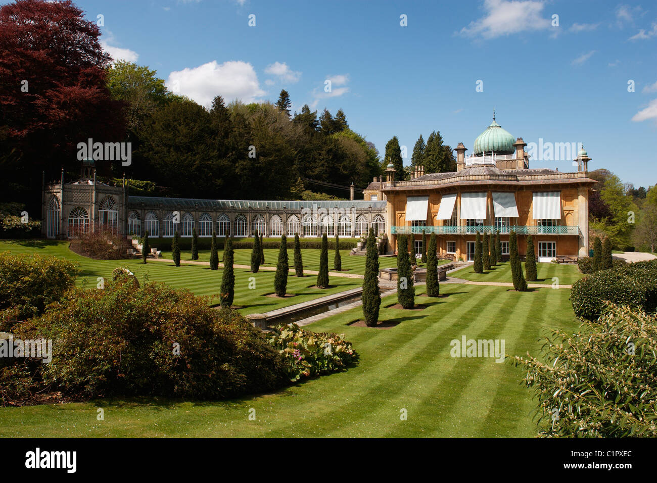 England, Gloucestershire, Moreton-in-Marsh, Sezincote House from formal gaden - Stock Image