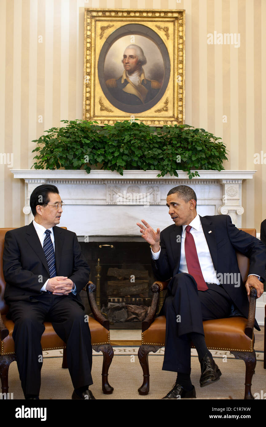 President Barack Obama and President Hu Jintao of China hold a bilateral meeting in the Oval Office, Jan. 19, 2011. - Stock Image