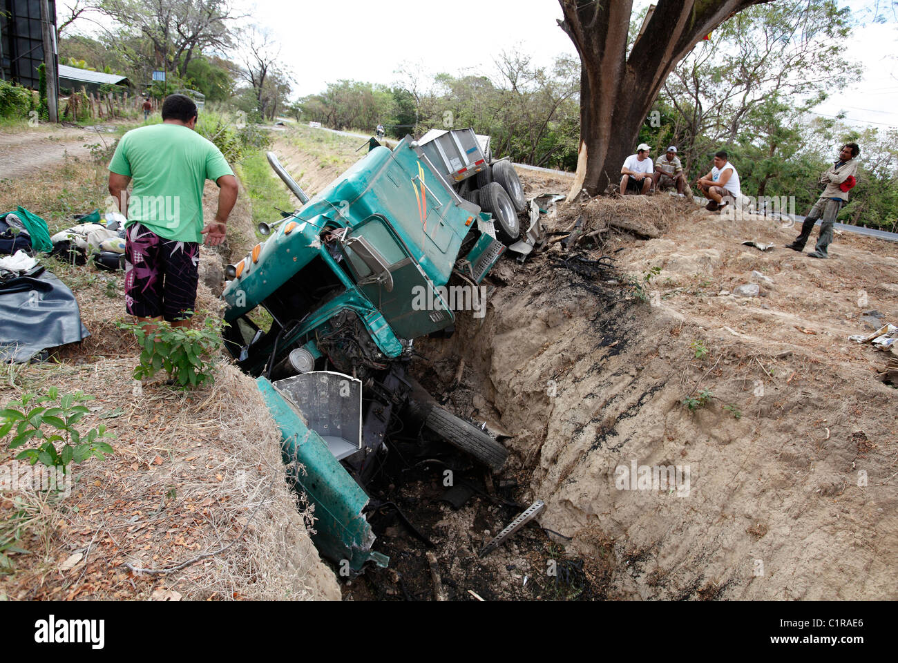 Truck crash on the Inter American Highway, Guanacaste, Costa Rica - Stock Image