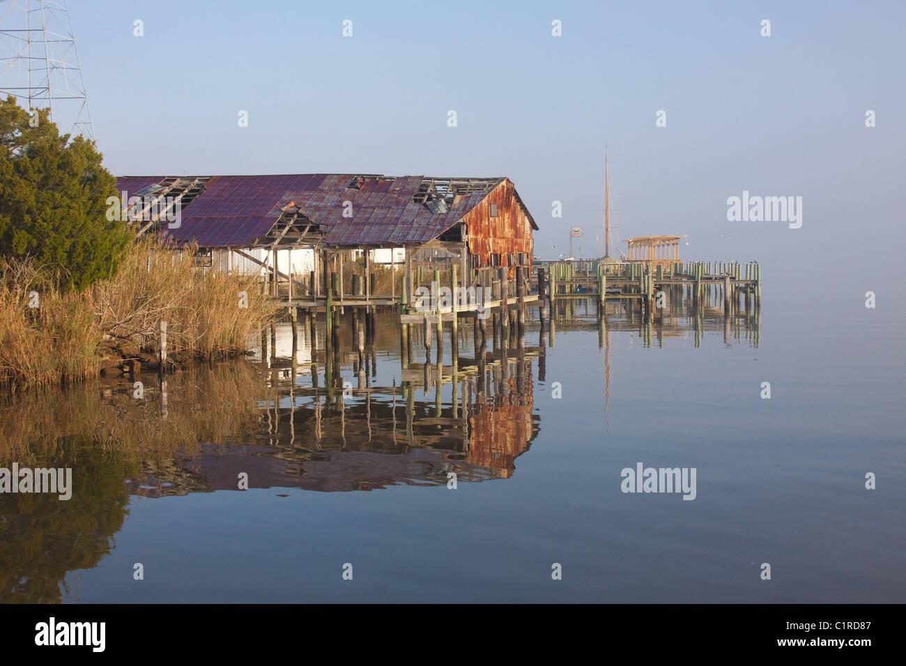Abandoned wharf in Apalachicola, Florida, USA - Stock Image