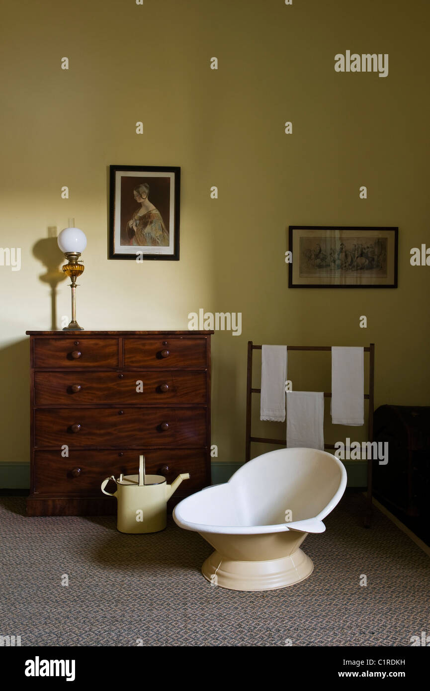 Hip Bath Stock Photos & Hip Bath Stock Images - Alamy