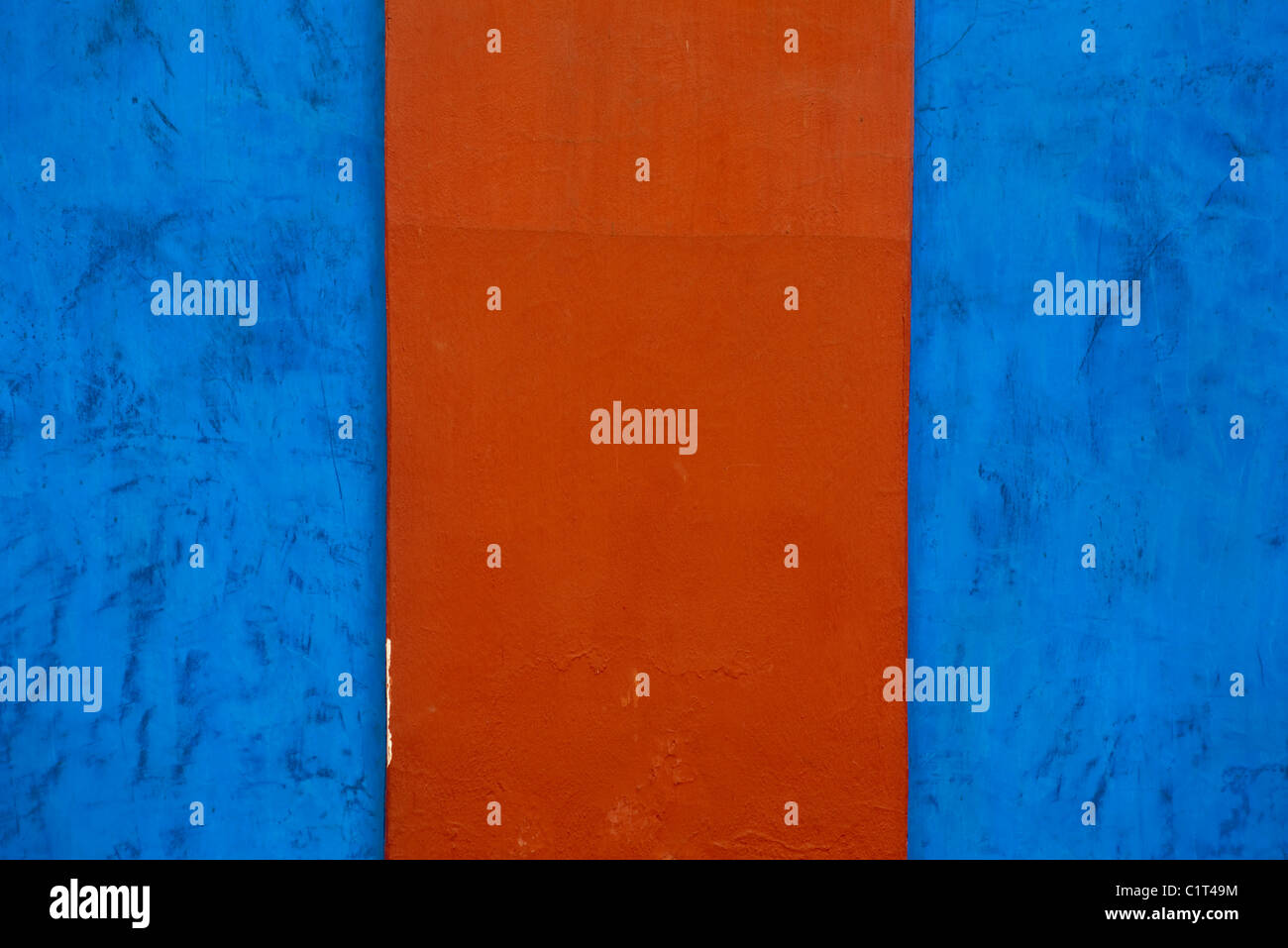 Painted stucco wall, cropped - Stock Image