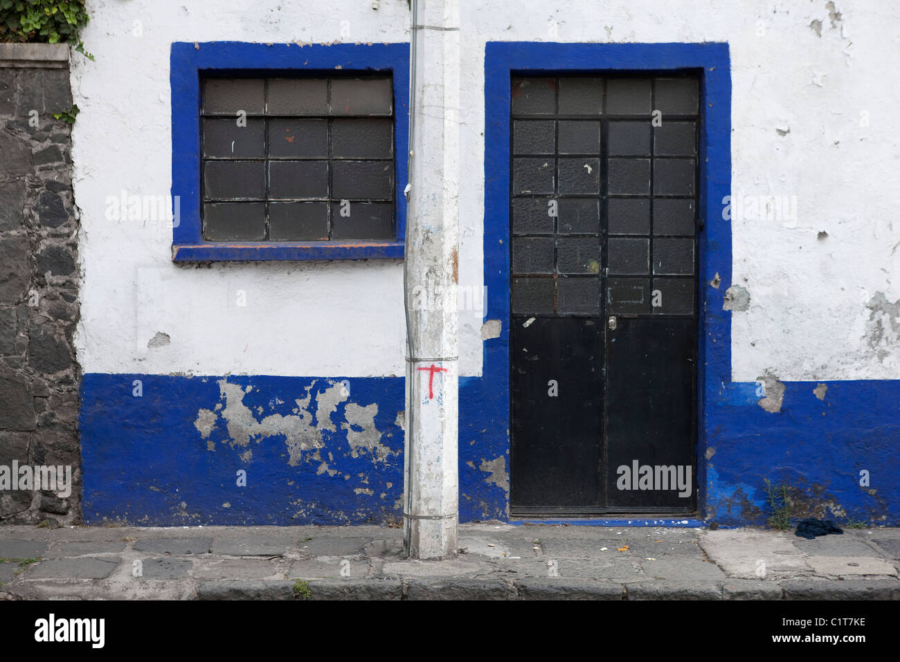 Dilapidated building exterior - Stock Image