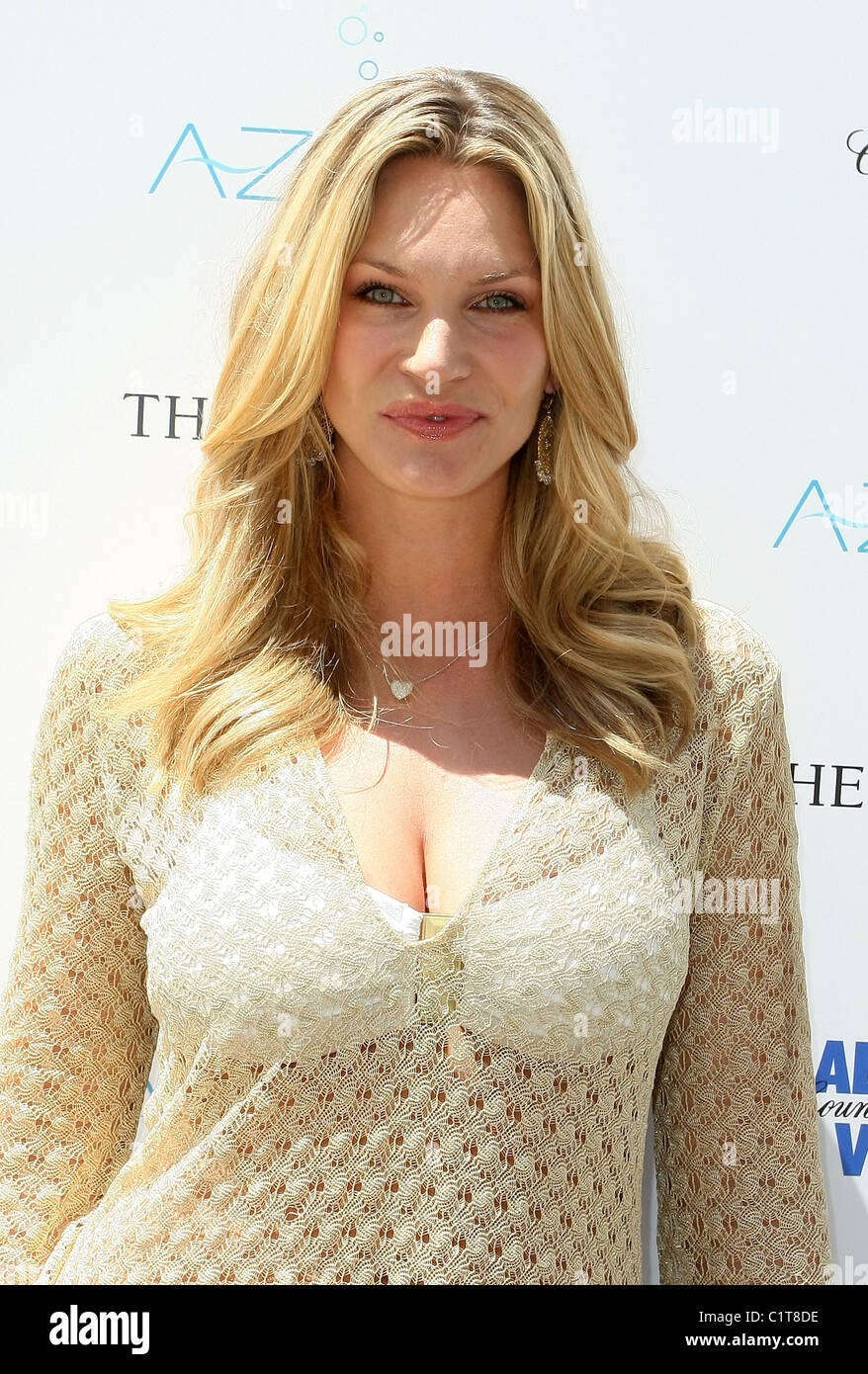 Natasha Henstridge Natasha Henstridge new picture