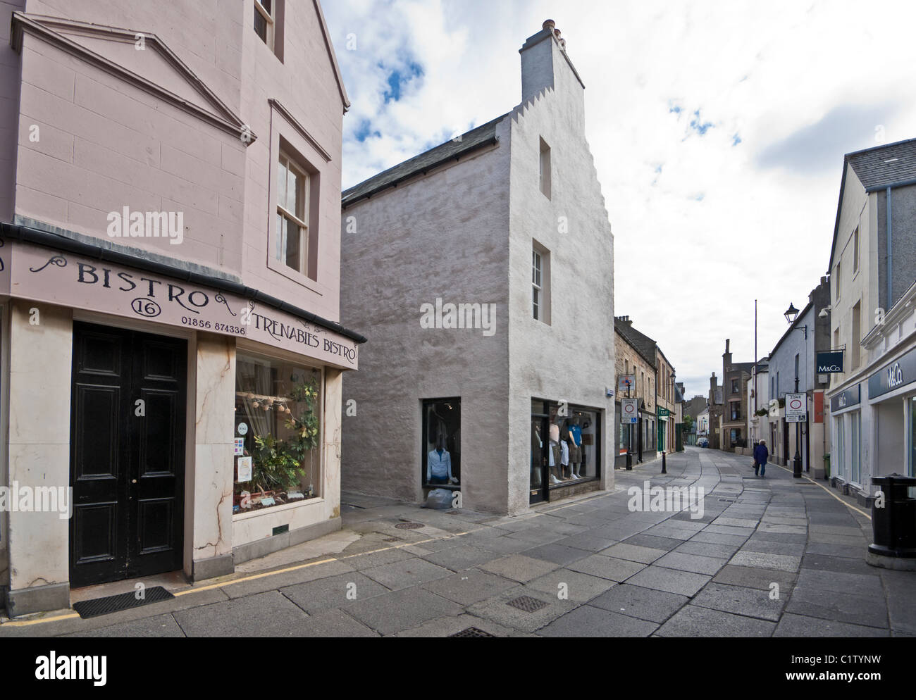 Pedestrianised Albert Street in Kirkwall Orkney Mainland Scotland with Trenabies Bistro - Stock Image