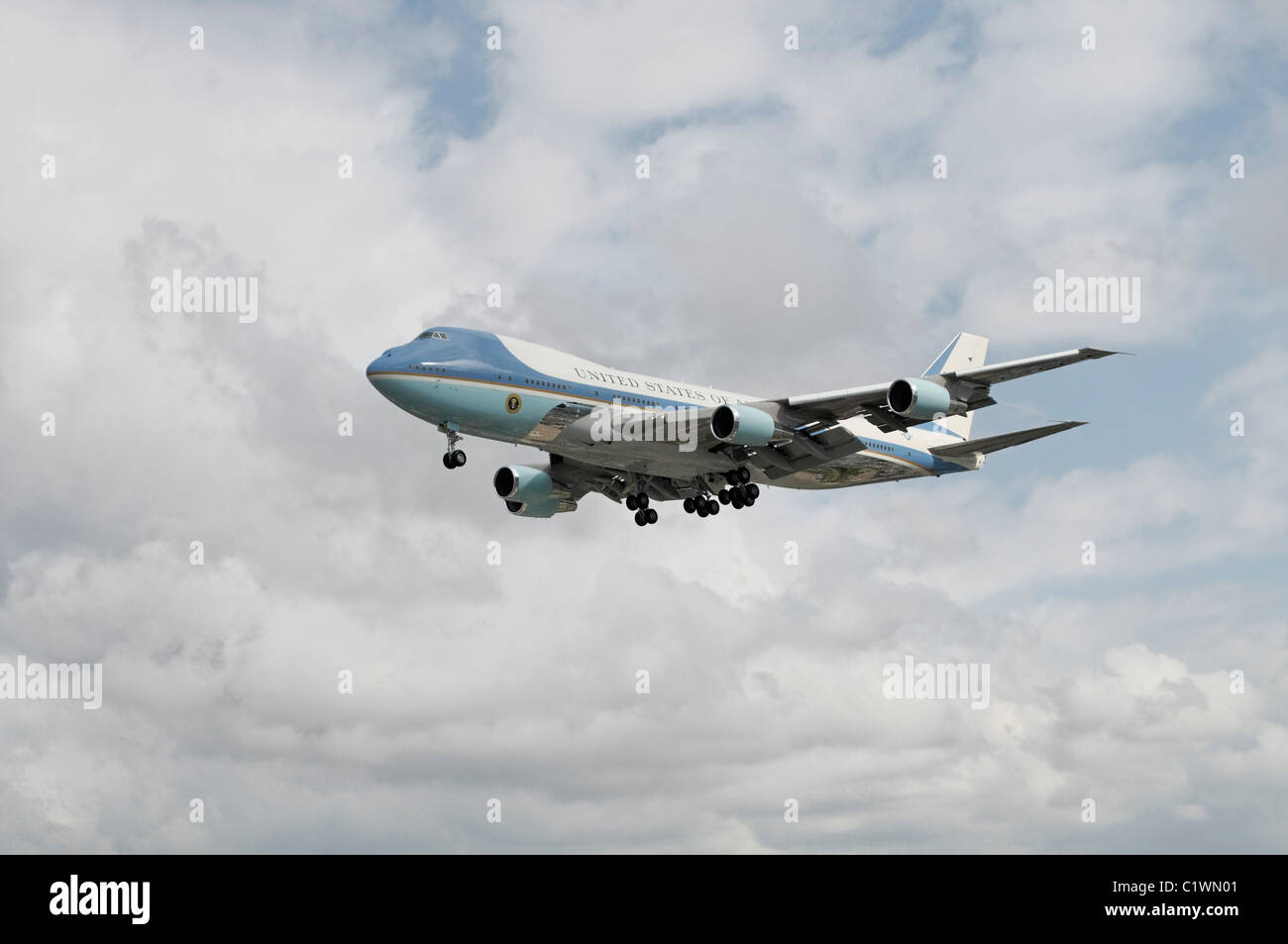 USA, California, Los Angeles, Air Force One about to land at Los Angeles International Airport - Stock Image