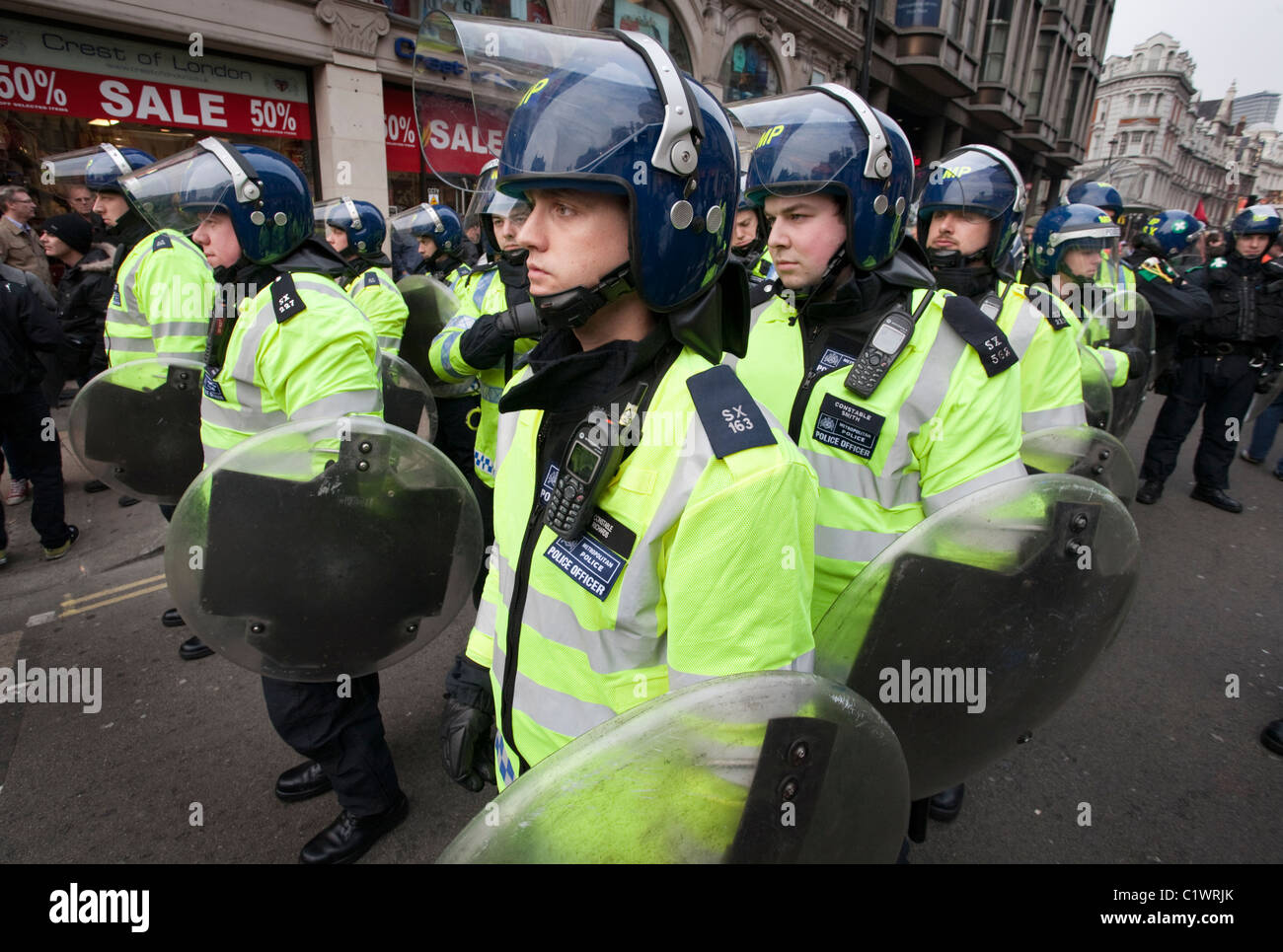 Riot Police on standby during the Anti-Cuts demonstrations in London. 26/03/2011 - Stock Image