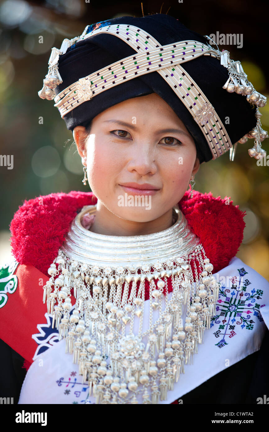 Thailand Thai Woman Smile High Resolution Stock Photography And Images Alamy