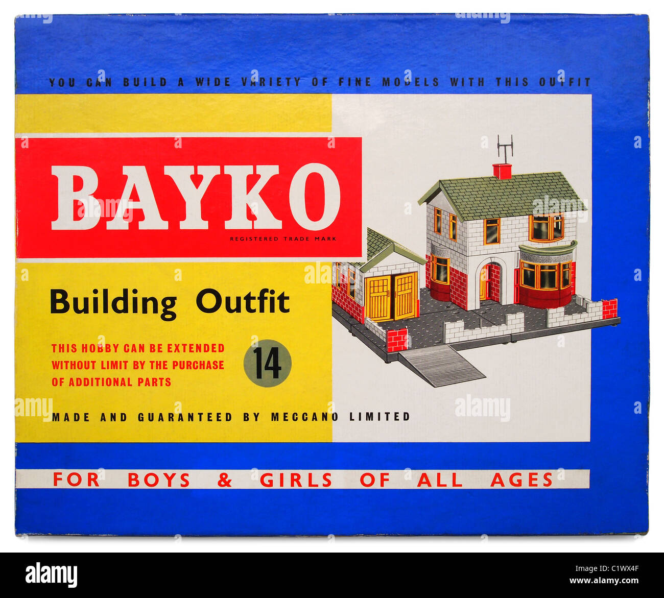 Bayko Building Set (Outfit 14) c. 1966.  The box lid illustration features a model of a 1930s-style detached house - Stock Image
