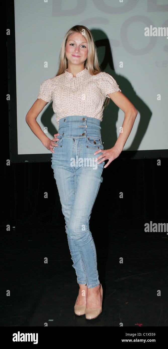 Nikki Grahame Celebrities Performing In Body Gossip Tell Everybody Stock Photo Alamy