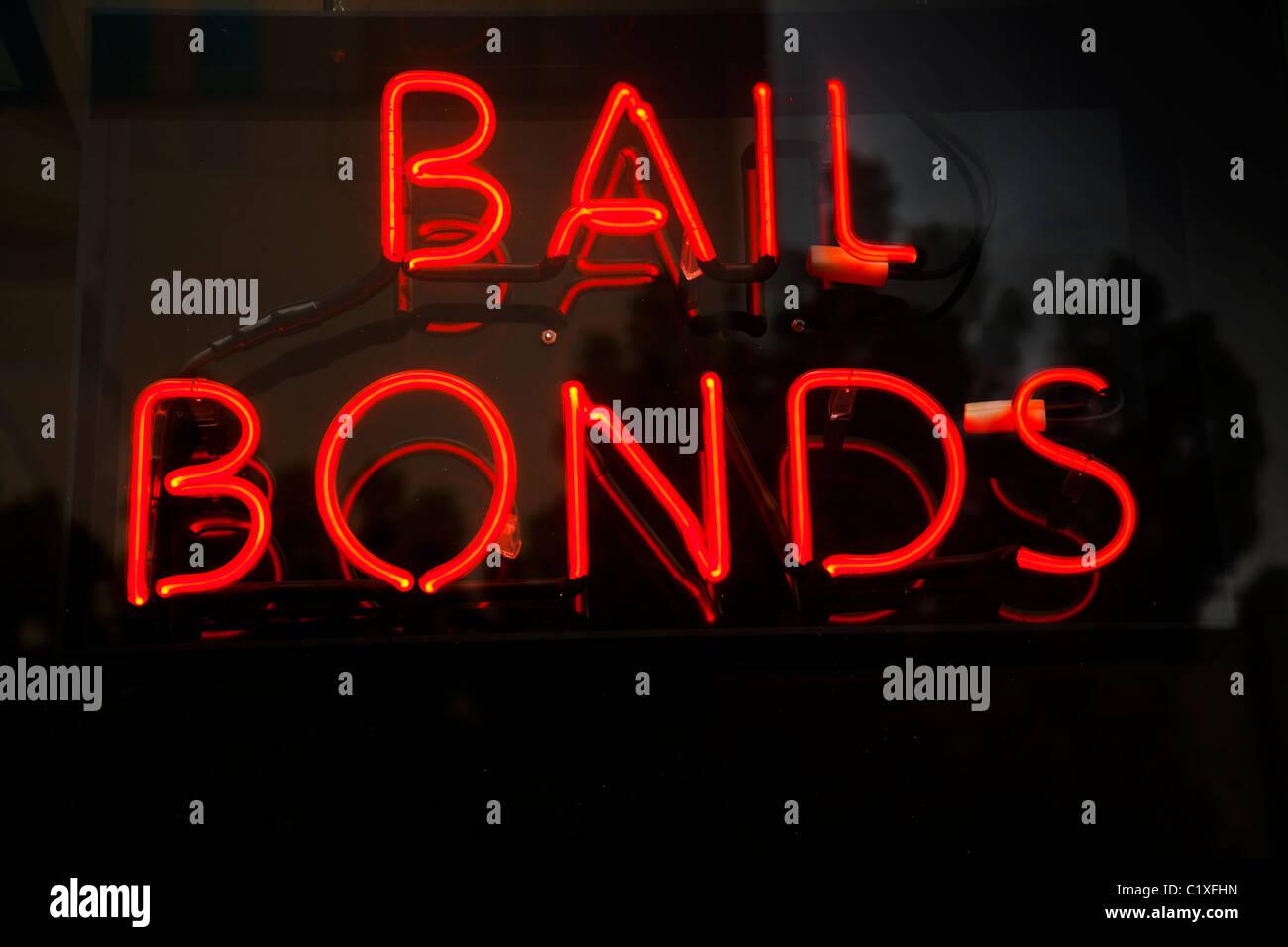 Neon bail bonds sign - Stock Image