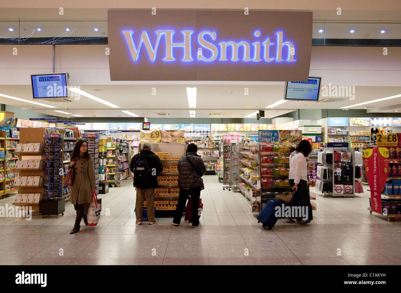 W H Smiths store, terminal 5, heathrow airport London UK - Stock Image