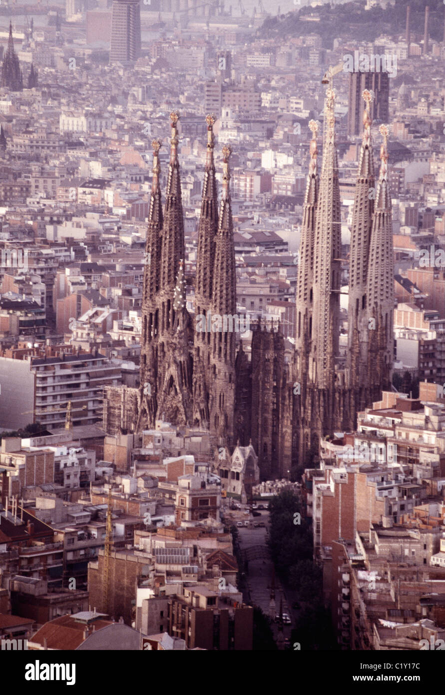 Aerial view of Sagrada Familia Cathedral in Barcelona - Stock Image