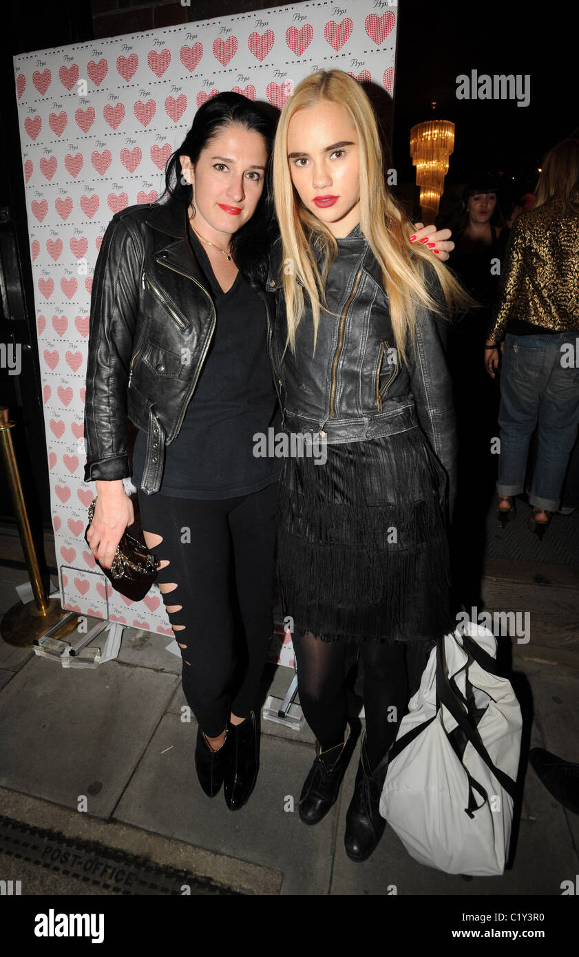 Amy Molyneaux PRPS hearts start launch party at held at Start boutique London, England - 03.09.09 - Stock Image