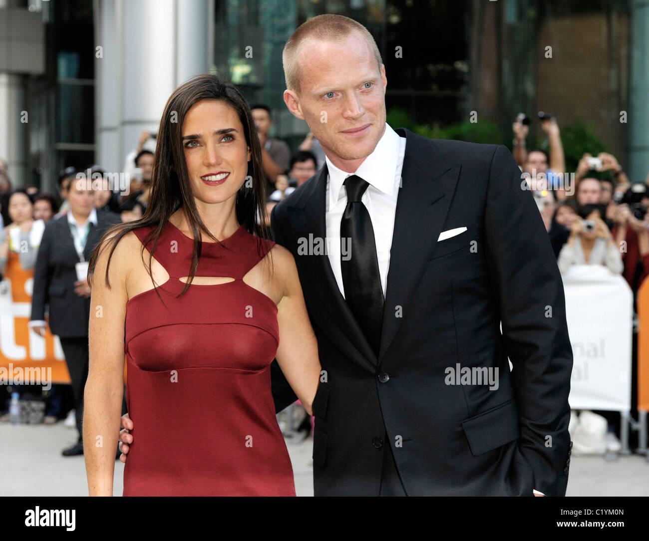 actress jennifer connelly and her husband paul bettany arriving at stock photo 35643797 alamy. Black Bedroom Furniture Sets. Home Design Ideas