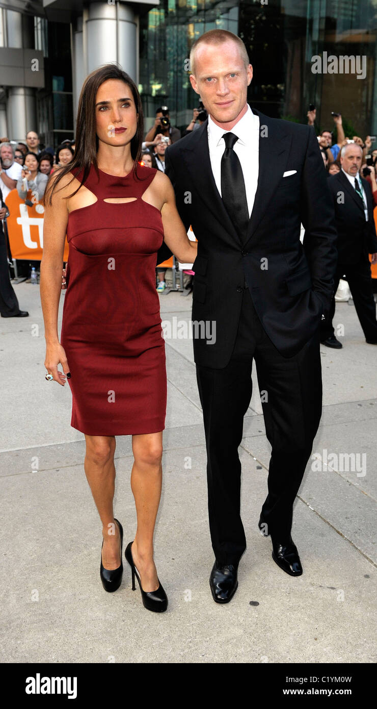 Actress Jennifer Conne...